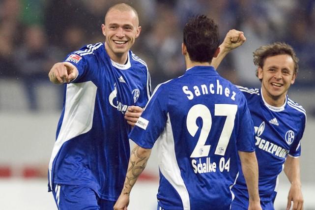 Schalke 04, revigoré depuis le licenciement de Fred Rutten, a signé sa... (Photo: AP)