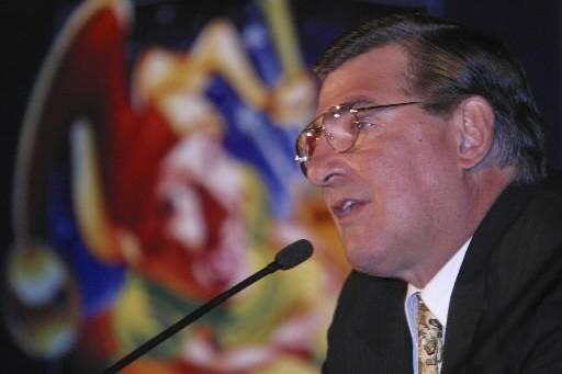 Même si George Gillett lui a dit que le Canadien n'était pas à vendre, Serge... (Photo: Martin Tremblay, La Presse)