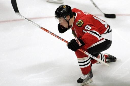 Avec ses deux buts, Jonathan Toews a grandement... (Photo: Reuters)