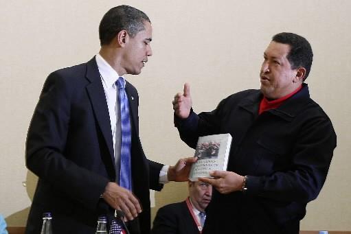 L'ouvrage remis par le dirigeant socialiste s'intitule «Les... (Photo: Reuters)