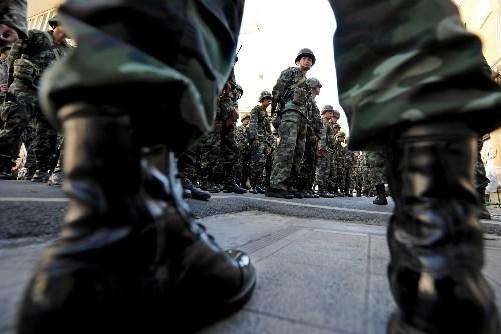 Les autorités thaïlandaises ont prorogé dimanche l'état d'urgence en vigueur à... (Photo: AFP)
