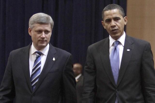 Barack Obama et Stephen Harper, au Sommet des... (Photo: AP)