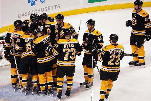 Les Bruins de Boston ont le vent dans... (Photo Barry Chin, Boston Globe)