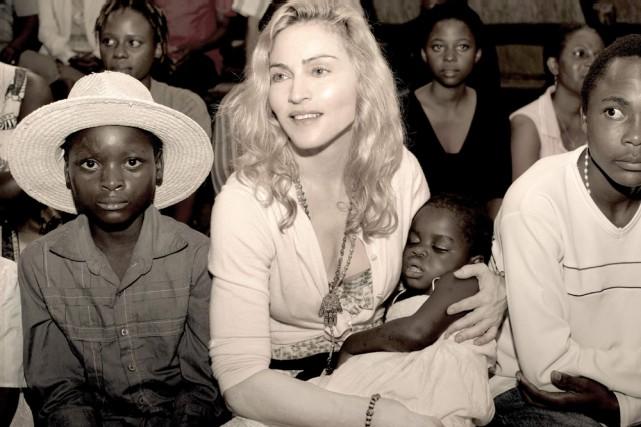 Madonna en visite au Malawi.... (Photo: Reuters)