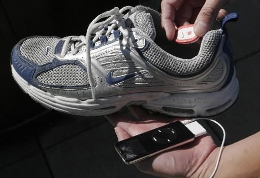 La technologie Nike+, en association avec Apple, propose... (Photo: archives AP)