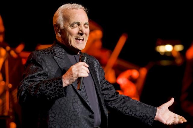 Charles Aznavour a eu droit à une ovation... (Photo: André Pichette, La Presse)