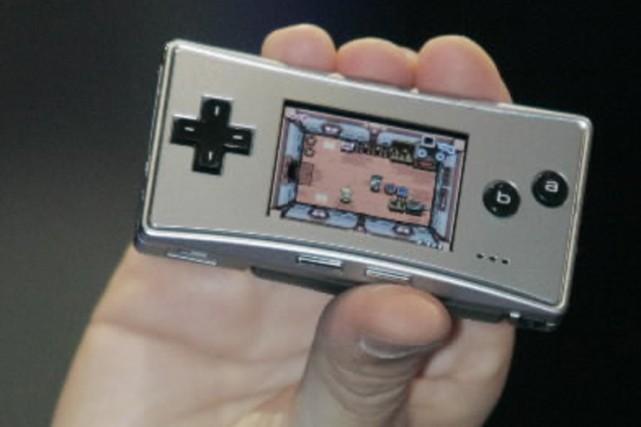 Le Game  Boy Micro de Nintendo... (Photo Reuters)
