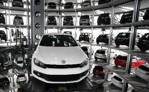 Les difficultés du constructeur automobile de luxe Porsche à financer son... (Photo: Reuters)