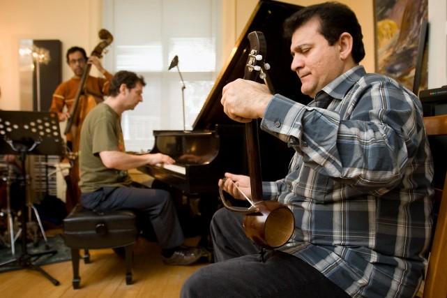 L'Irakien Mohammad Gomar, compositeur, chef d'orchestre et virtuose... (Photo: André Pichette, La Presse)