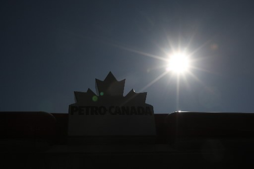 Le 23 mars, Petro-Canada et Suncor ont dévoilé... (Photo: Martin Chamberland, La Presse)