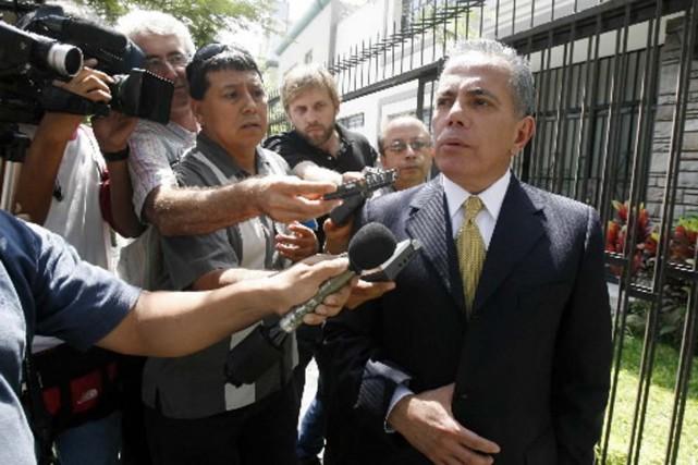 Manuel Rosales à Lima.... (Reuters)