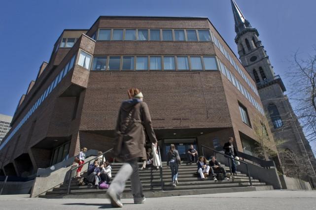 Un mandat de grève de 24 heures «à exercer au moment jugé opportun» a été voté... (Archives La Presse)