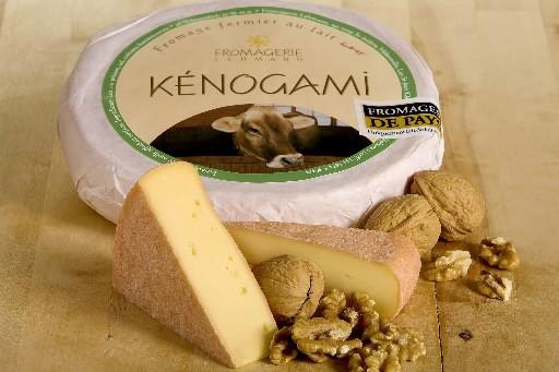 Le Kénogami, de la Fromagerie Lehmann, a un... (Photo: CNW)