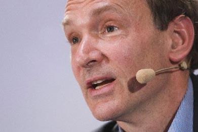 L'un des fondateurs du web Tim Berners-Lee... (Photo: Reuters)
