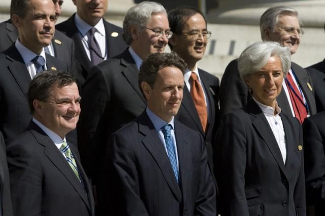 Les ministres des Finances et les gouverneurs de... (Photo: AP)