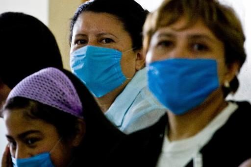 La grippeA (H1N1)a suscité un déclenchement d'alertes par les autorités... (Photo: AFP)