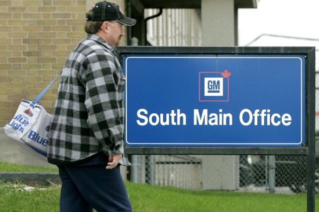 General Motors du Canada compte réduire sa main-d'oeuvre de plus de la moitié... (Photo: PC)