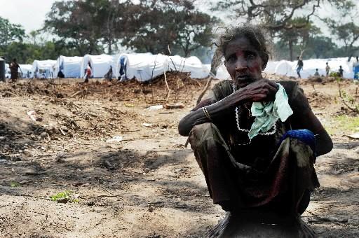 Une femme tamoule dans un camps de déplacés... (Photo: AFP)