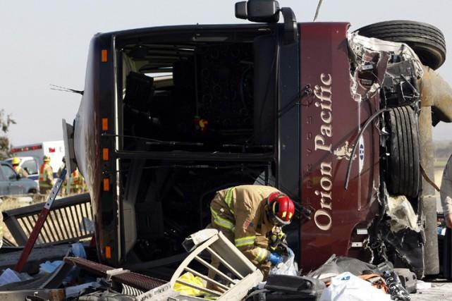 Selon la police californienne, au moins trois douzaines... (Photo: AP)