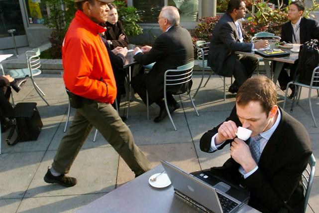 Le contrôle de la bande passante par les... (Photo: Bloomberg)