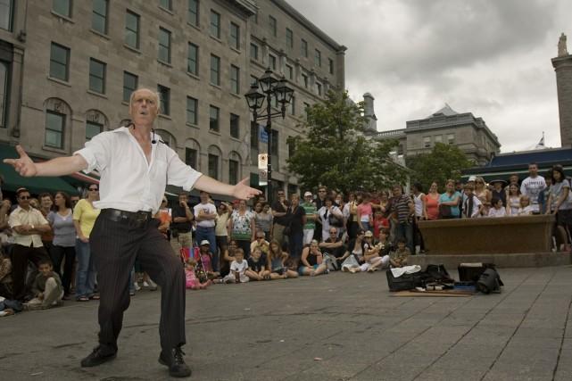 La crise économique fera perdre 100 000 touristes à Montréal en 2009... (Photo: David Boily, Archives La Presse)