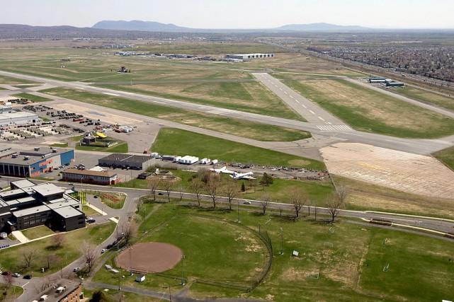 L'aéroport de St-Hubert est le cinquième en importance... (Photo: Archives La Presse)
