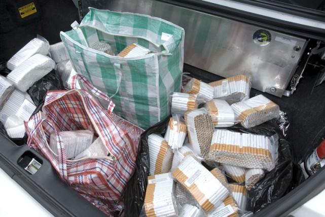 Plus de 16 500 cartouches de cigarettes de... (Photo: Alain Roberge, La Presse)
