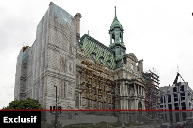 Les travaux de restauration de l'hôtel de ville... (Photo: Robert Mailloux, La Presse)