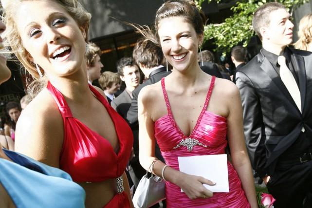Ariane et une amie, Florence Paré.... (Photo: Yan Doublet, Le Soleil)