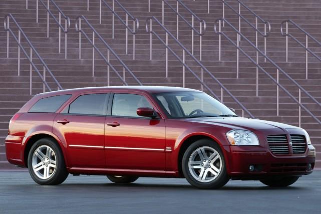 Dodge Magnum RT 2005... (Photo fournie par Chrysler)
