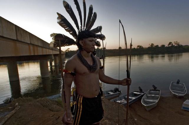 Un autochtone du Brésil.... (Photo: Patrick Sanfaçon, Archives La Presse)
