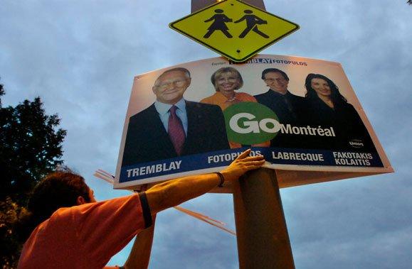 Au municipal, le volet publicité pour un candidat... (Photo: Patrick Sanfaçon, Archives La Presse)