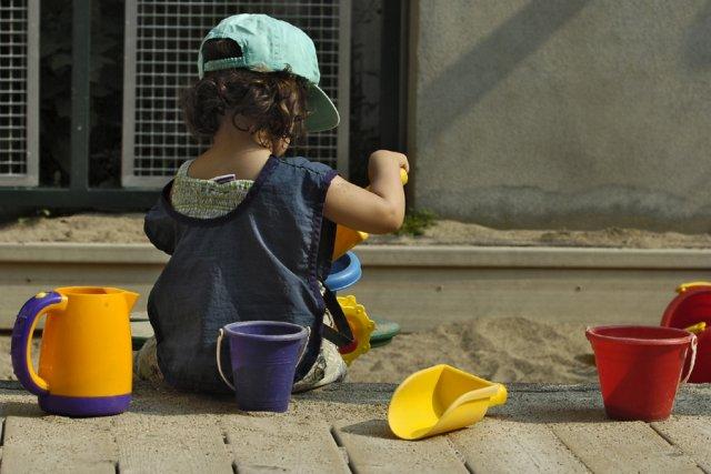 Stimulés depuis la pouponnière, les enfants des centres de la petite enfance... (Photo: Patrick Sanfaçon, Archives La Presse)