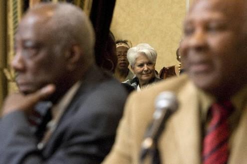 Des membres des communautés anglophone et noire ont... (Photo David Boily, La Presse)