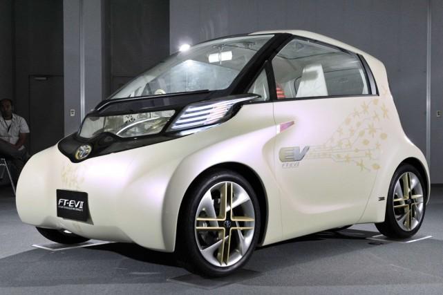 Le prototype urbain électrique FT-EV II, de Toyota.... (Photo AFP)
