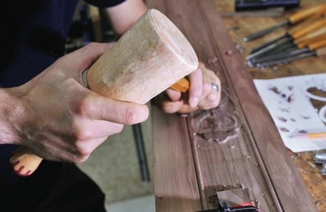 Le maillet de bois un autre mettre au mus e ric - Maillet en bois ...