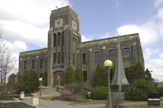 L'Hôtel de Ville de Saguenay... (Archives, Le Quotidien)