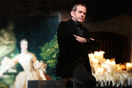 Avec Gentleman cambrioleur, Garou reprend des airs connus... (Photo: Martin Chamberland, La Presse)