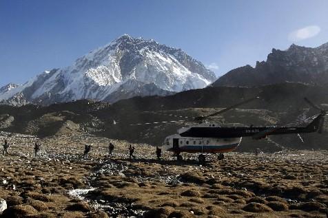 Le camp de base du mont Everest, au... (Photo: Reuters)
