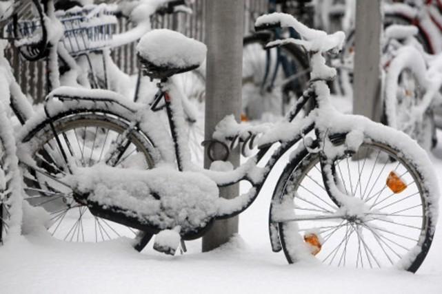 Un importante vague de froid a frappé la... (Photo: AP)