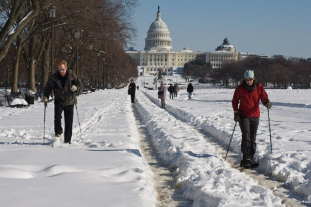 Des Américains ont profité de la chute de... (Photo: AFP)