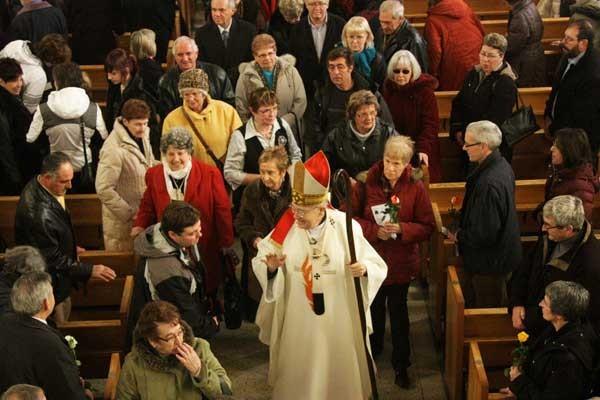 La fermeture de église Saint-Raymond-de-Pennafort a été accueillie... (Étienne Ranger, LeDroit)