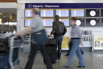 L'aéroport Montréal-Trudeau perd des clients au profit de... (Archives La Presse)
