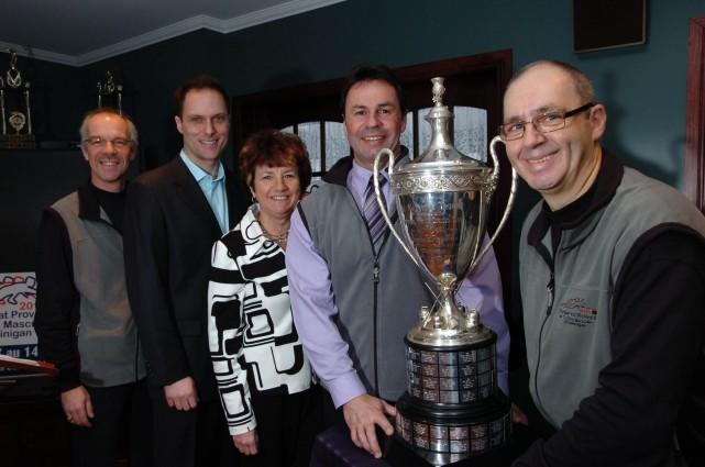 Des gens ravis que l'élite du curling québécois... (Photo: Sylvain Mayer)