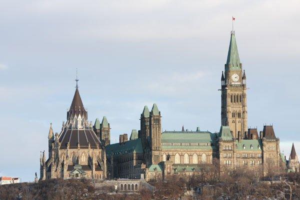 Citoyenneté et Immigration Canada n'est pas le seul... (Archives, LeDroit)