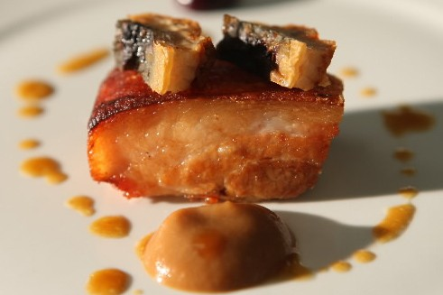 Flanc de porc braisé et fumé... (Photo: Martin Chamberland, La Presse)