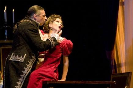 Greer Grimsley (Scarpia) & Nicola Beller Carbone (Tosca),... (Yves Renaud)
