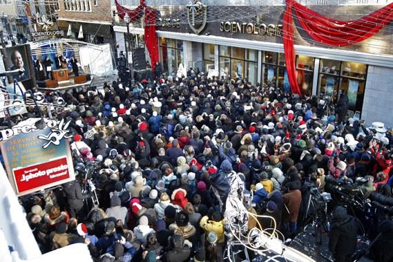 La foule, composée de visiteurs d'un peu partout... (Le Soleil, Laetitia Deconinck)