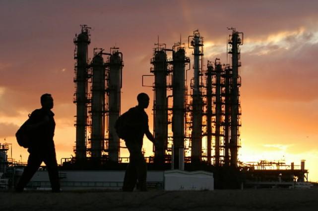 Important producteur de pétrole, le Vénézuela est néanmoins... (Photo: AFP)