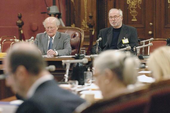 En définissant l'agonie, Ghislain Leblond (à droite) a... (Le Soleil, Jean-Marie Villeneuve)
